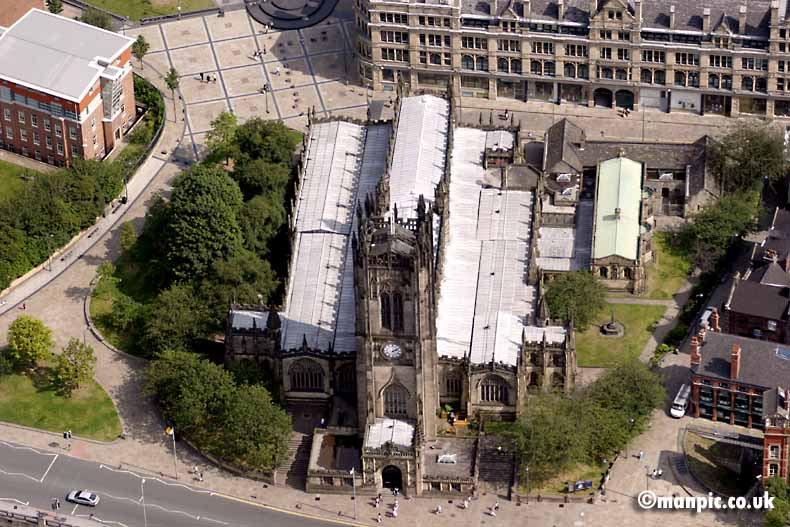 manchester             cathedral aerial photo